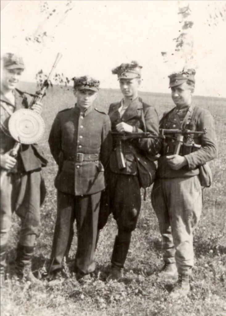 """drugi od lewej Jan Turowski """"Orlicz"""" i Henryk Olczak """"Lew"""""""